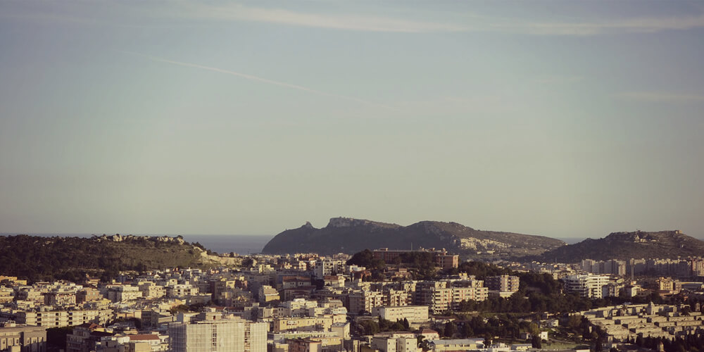 sito wordpress per Agenzia Immobiliare l'Agorà di Cagliari realizzato da dirty work web design
